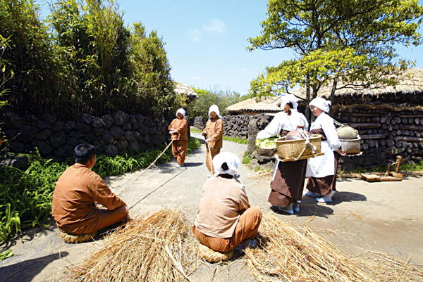 An education in local culture at Jeju Folk Village