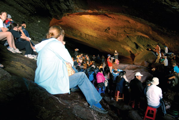 Jeju Udo Cave Concert: a unique chance to experience cave ambiance and acoustics first hand.