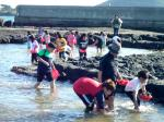Catch shellfish in Jeju's seas